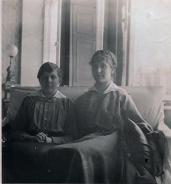 Milochka & Lidia Podust