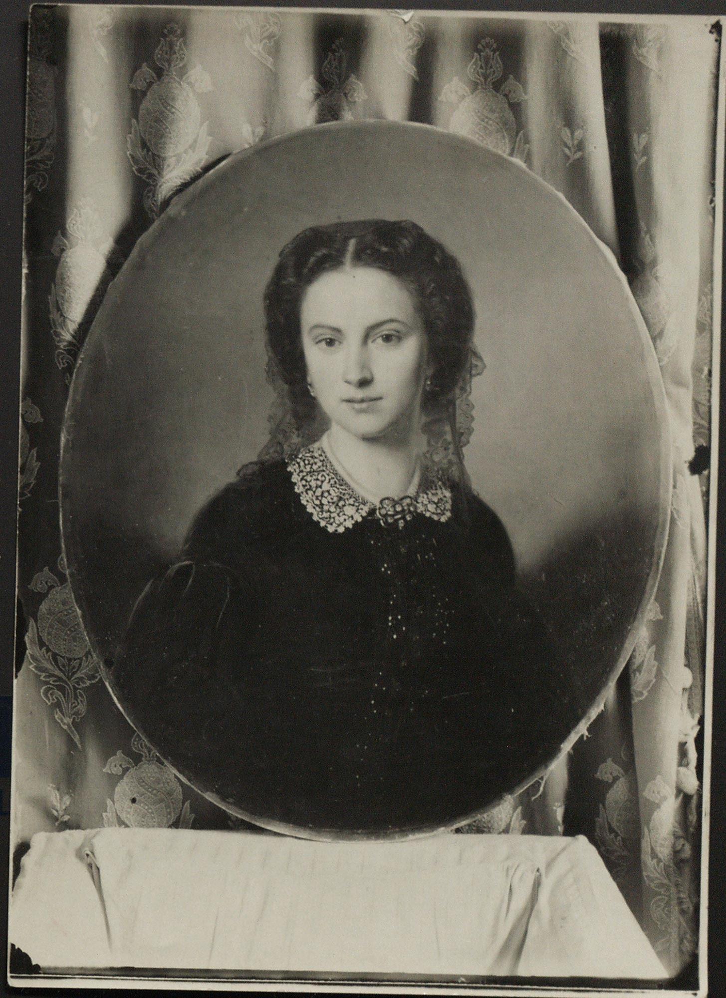 elena Sergeivna Volkonskay lash